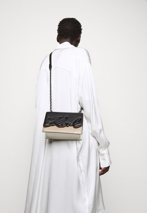SIGNATURE SMALL SHOULDERBAG - Across body bag - multi