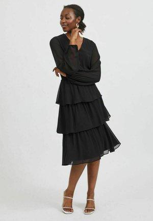 VIFULLA V-NECK DRESS - Vapaa-ajan mekko - black