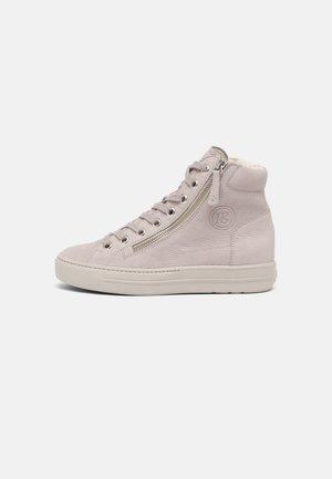 Zapatillas altas - pearl