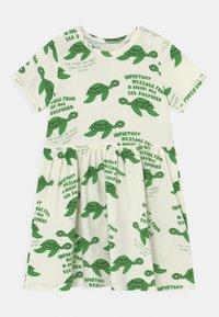 Mini Rodini - TURTLE  - Robe en jersey - green - 0