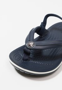 Crocs - CROCBAND STRAP FLIP RELAXED FIT - Pool shoes - navy - 2