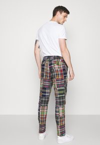 Polo Ralph Lauren - FLAT PANT - Trousers - multicoloured - 2