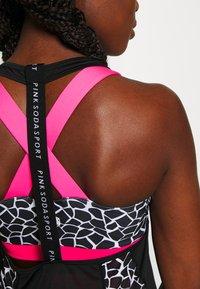 Pink Soda - DECO TANK - T-shirt sportiva - black/white - 4