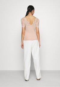 Morgan - DENATA - Print T-shirt - ballerine - 2