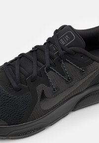 Nike Performance - ZOOM SPAN 3 - Stabilty running shoes - black/anthracite - 5