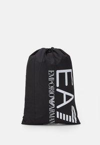 HOLDALL - Sportovní taška - black/white