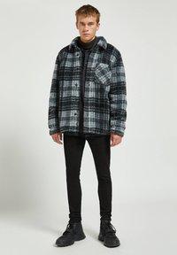 PULL&BEAR - Fleece jacket - mottled dark grey - 1