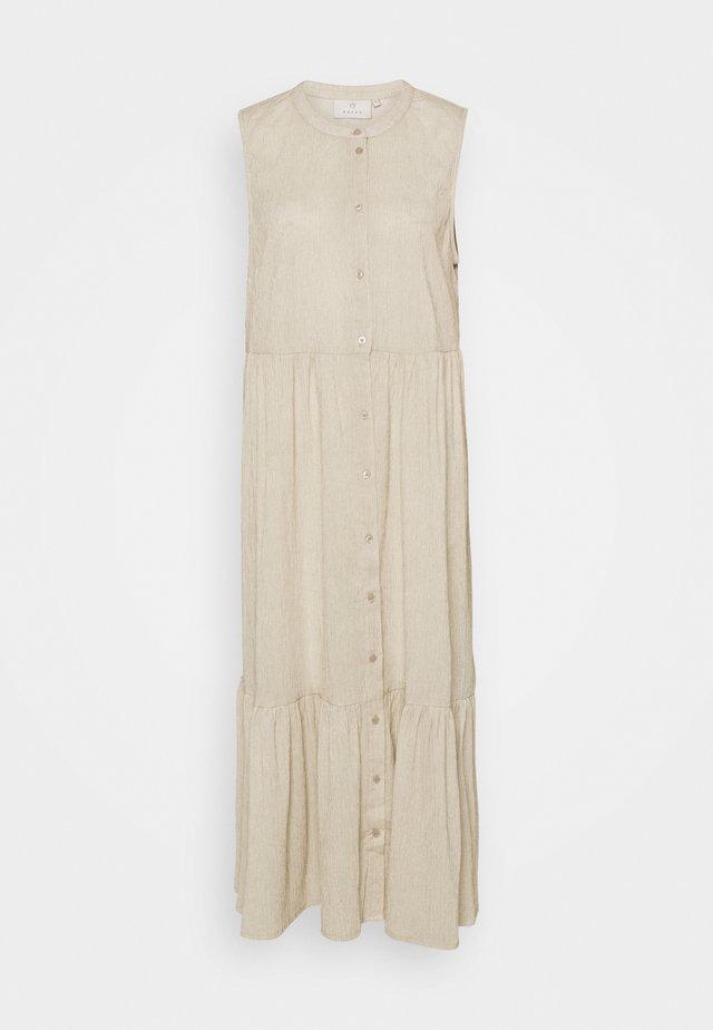 KAVIVIAN DRESS - Maxi-jurk - classic sand