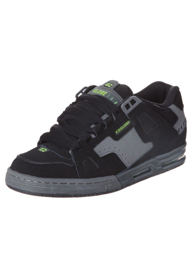 SABRE - Chaussures de skate - black/charcoal/poison