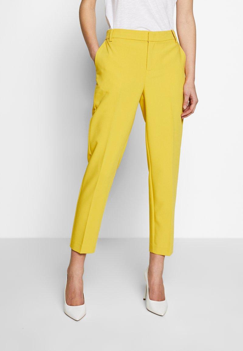 Part Two - Kalhoty - ceylon yellow