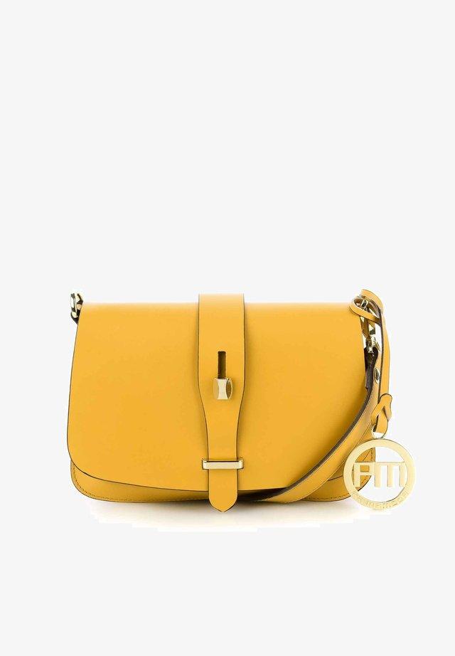 BARILE - Taška spříčným popruhem - yellow