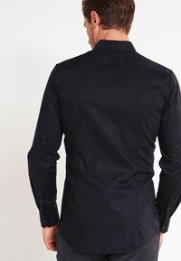 OLYMP No. Six - OLYMP NO.6 SUPER SLIM FIT - Shirt - schwarz - 2