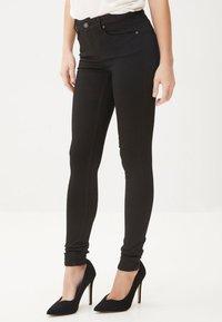 Vero Moda - Slim fit jeans - black - 0