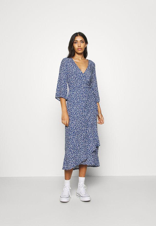 AMANDA DRESS - Maxikjole - blue