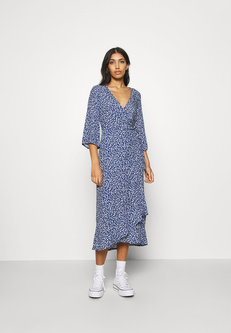 Monki - AMANDA DRESS - Maxi šaty - blue