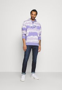 adidas Originals - HOODY UNISEX - Sweatshirt - light purple/multicolor - 1
