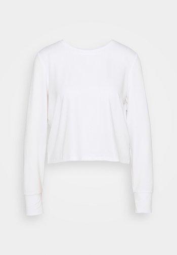 CROSS BACK LONG SLEEVE - Maglietta a manica lunga - white