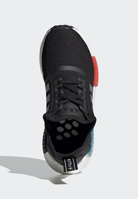 adidas Originals - NMD_R1 SHOES - Trainers - core black/silver metallic/solar red - 1