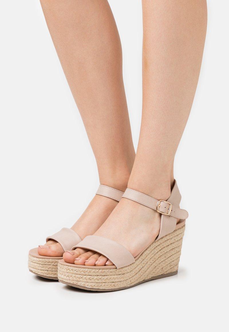 New Look - PICKLE - Sandalen met hoge hak - oatmeal