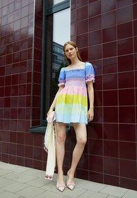 Olivia Rubin - EMILIE - Freizeitkleid - multi-coloured - 2