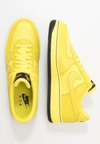 Nike Sportswear - AIR FORCE 1 GTX - Sneakers laag - dynamic yellow/black - 1