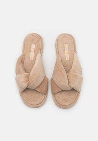 L37 - SWEET HOME - Slippers - gold - 5