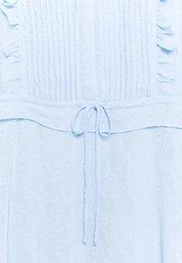 Bruuns Bazaar - NETTLE THERESE DRESS 2-IN-1 - Shirt dress - sky - 2