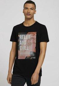 TOM TAILOR DENIM - Print T-shirt - black - 0