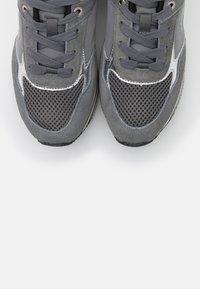 Trussardi - Trainers - ash/silver - 6