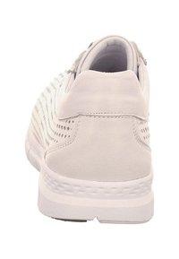Andrea Conti - Casual lace-ups - white - 2