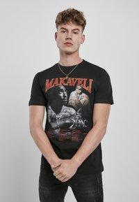 Mister Tee - Print T-shirt - black - 5