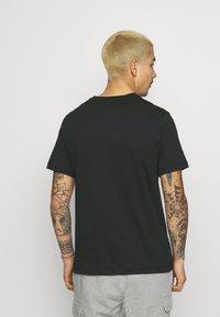 Nike Sportswear - COURT TEE - T-shirt print - black - 2