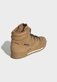 adidas Performance - TERREX SNOWPITCH COLD.RDY TRAXION - Fjellsko - brown - 4