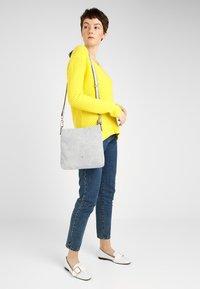 SURI FREY - ROMY BASIC - Across body bag - grey - 1