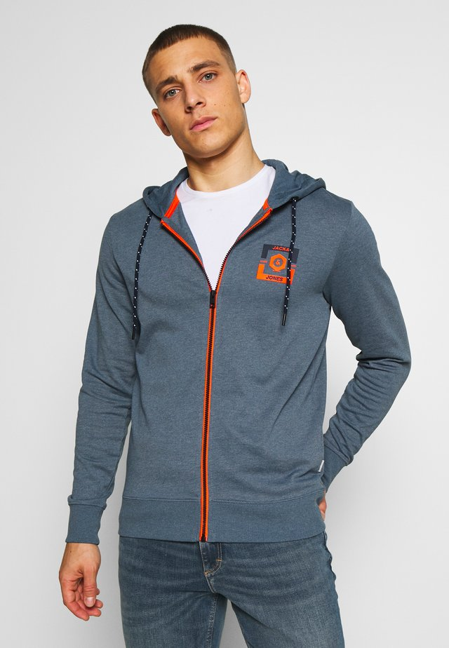 JCOSTRONG ZIP HOOD - veste en sweat zippée - china blue/melange
