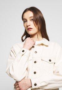 American Vintage - SNOPDOG - Denim jacket - ecru - 4
