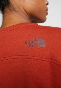 The North Face - DREW PEAK CREW - Sweatshirt - picante red - 5
