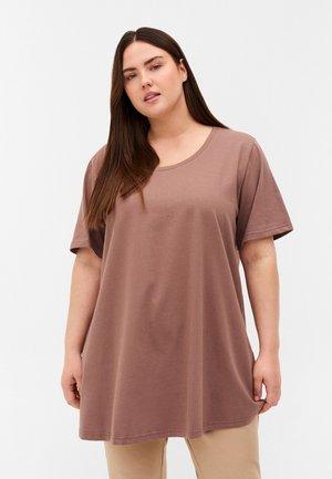 Basic T-shirt - deep taupe