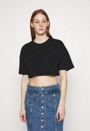 ZACHA CROPPED TEE - Basic T-shirt - black