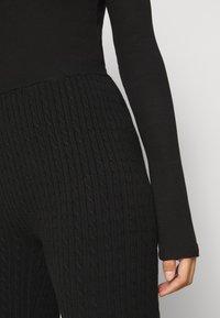 Even&Odd Petite - CABLE KNIT LEGGING - Leggings - black - 5