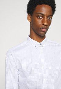 Shelby & Sons - RUTHIN SHIRT - Formal shirt - white - 3