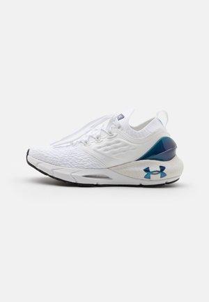 HOVR PHANTOM 2 CLR SFT - Neutral running shoes - white