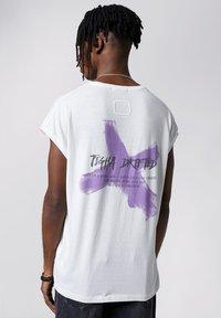 Tigha - Print T-shirt - white - 2