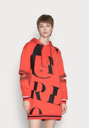 DRESS WITH CUT OUT - Denní šaty - orange red