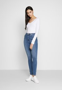 Anna Field Tall - BASIC LONG SLEEVE TOP - Long sleeved top - white - 1