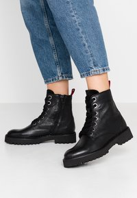Marc O'Polo - Lace-up ankle boots - black - 0