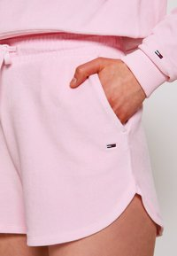 Tommy Jeans - Shorts - romantic pink - 5