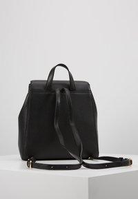DKNY - WHITNEY FLAP BACKPACK - Plecak - black gold - 2