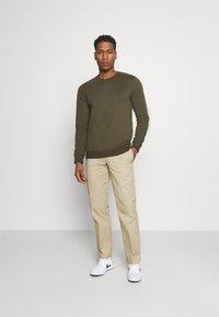edc by Esprit - Sweatshirt - dark green - 1