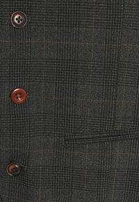 Jack & Jones PREMIUM - JPRBLUCONNOR WAISTCOAT - Waistcoat - dark grey - 2